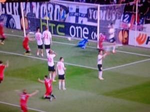 Gol del Sevilla.