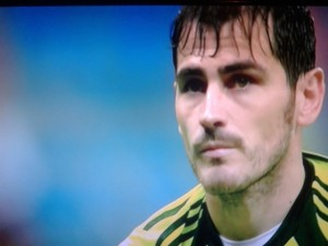 Casillas serio