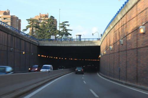 Túnel de entrada a Madrid desde la A-42.