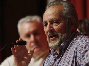 Julio Anguita sigue siendo un referente todavía.