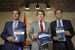 El presidente madrileño, Igancio González, junto a sus consejeros presenta los presupuestos para 2015.