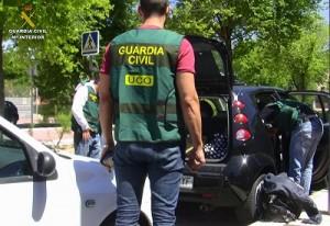 Agentes de la Unidad Central Operativa (UCO).