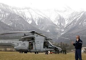 Uno de os helicópteros de rescate utilizado en los Alpes.